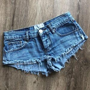 One Teaspoon Trash whores Jean shorts 24